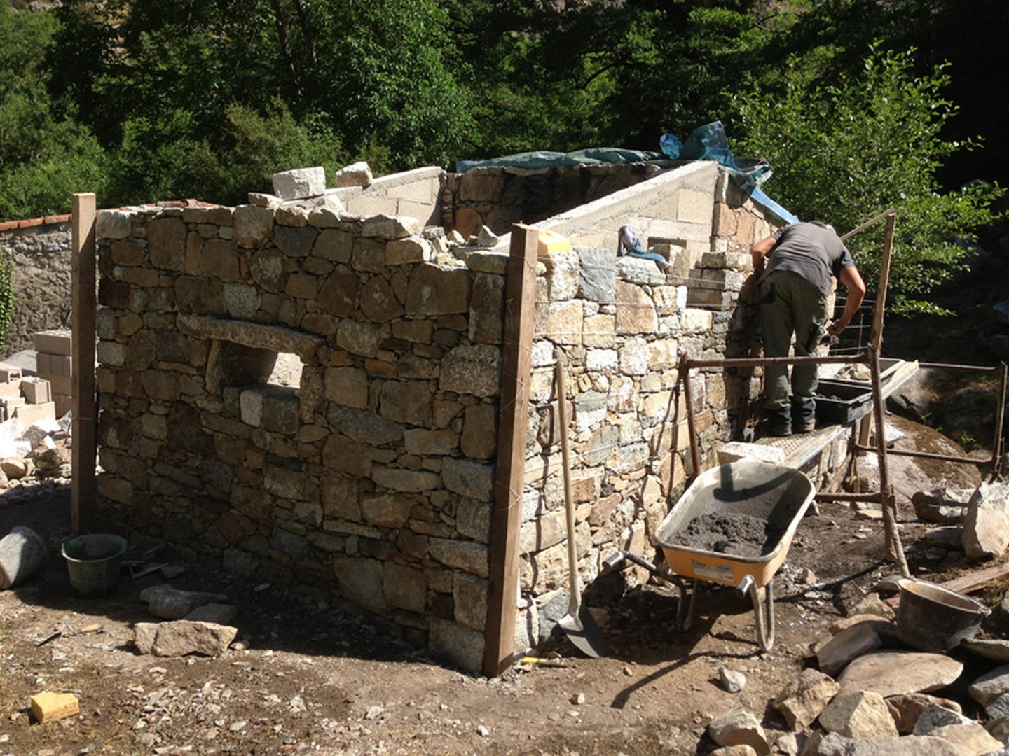 renovation-maison-en-pierre-corse-1