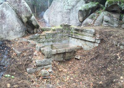 fontaine-a-restaurer-petre